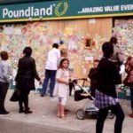 riots in Peckham creates Wall of Love