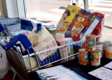 Food Banks Thriving In UK donations