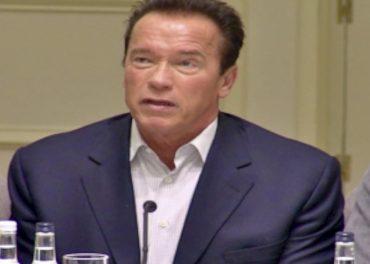 Arnold Schwarzenegger Catchphrases - presser