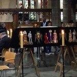 Richard III coffin respected by public