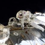 Tim Peake walking in space/ESA