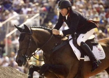 Nick Skelton Wins Gold in Showjumping Thriller