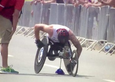 Drama as Weir crashes out of T54 marathon