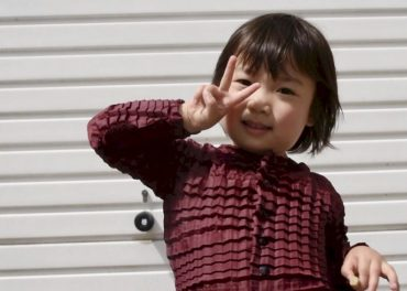 Clothes That Grow With Your Child Win Dyson Prize