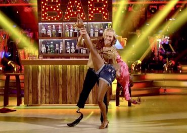 Jonnie Peacock Races Through Jive in Strictly