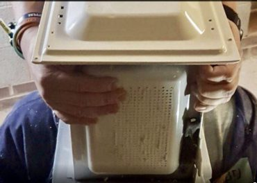 Prankster Defends Cementing Head in Microwave