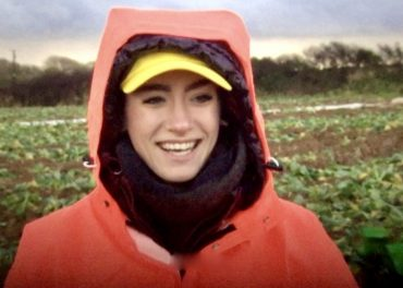 Brits try EU Migrants' Veg Picking Jobs