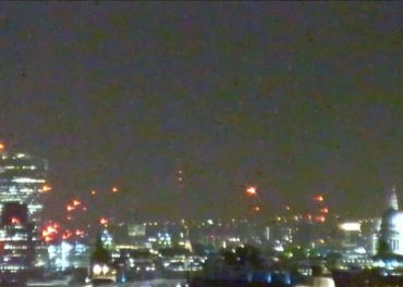 London Live view at night