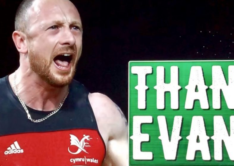 Commonwealth Games: Welsh Weightlifter Wins Gold