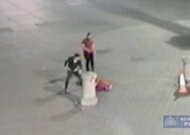 Shocking CCTV Man Attacked and Killed