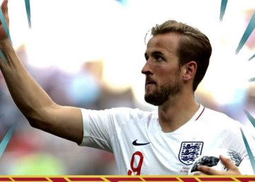 England Hit Panama for Six Reach Knockout Round