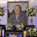 Leicester City Fans Pay Tribute to Mr Vichai