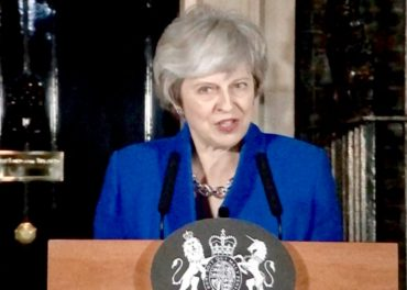 May Meets MPs to Talk Brexit Deal