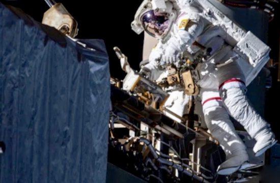 Spacewalk for AMS LIVE