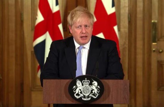 LIVE PM holds press conference on coronavirus