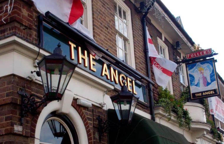 Pubs open July 4