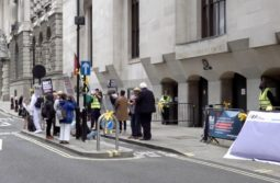 supporters outside Old Bailey