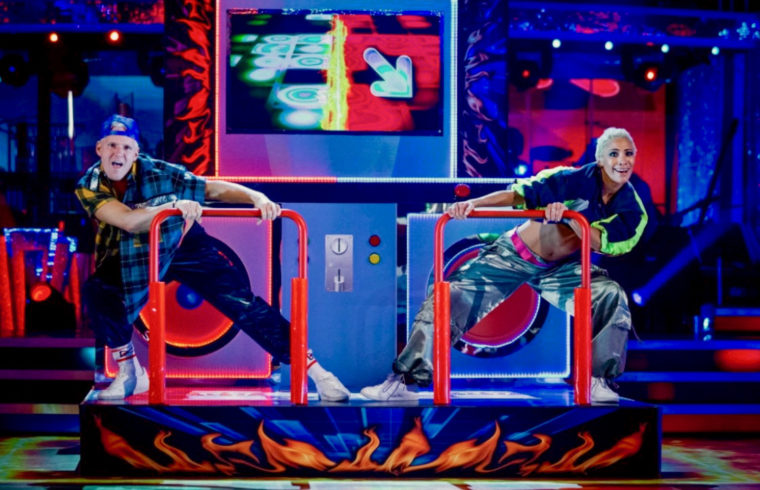 Strictly: Jamie Lang Street Dances to top of scoreboard