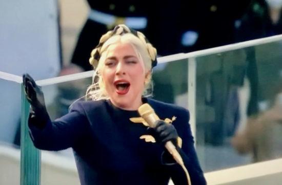 Lady Gaga performs National Anthem at Inauguration
