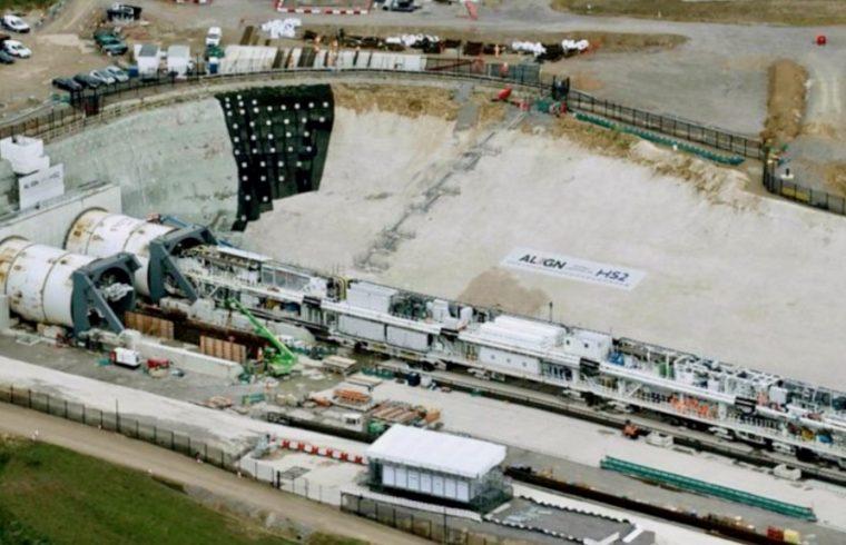 HS2: Giant tunnelling machine starts work