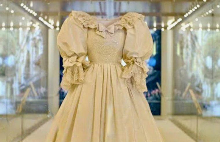 Princess Diana's wedding dress on show